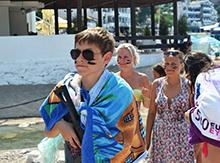 Утром на пляже обитатели Фэнтези устроили апокалиптическое шоу… «Египетская экспедиция»