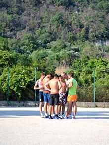 Последние приготовления перед матчем – консультация с тренером, на время ставшим ОПАСНЫМ соперником…