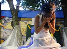 И слезы, пролившиеся во время спектакля, были слезами постановочными или слезами удовольствия у зрителей
