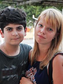Конкурс парочек давно уж прошел, а Арам Андреасян и Таня Багонька так прониклись идеей, что просто не могут остановиться…