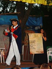 Маркиз де Ла Файет зачитывает Декларацию Независимости