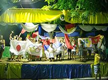Грандиозным шествием знаменосцев стало финальной точкой этого длинного и чудесного дня!