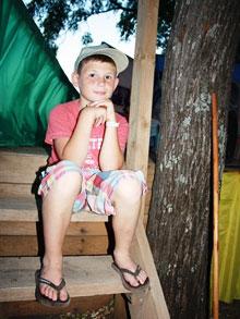 …но его не бояться даже самые юные обитатели лагеря
