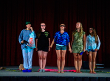 Театр-студия «КЭВС» рассказал нам в своем авторском спектакле «Невские берега»