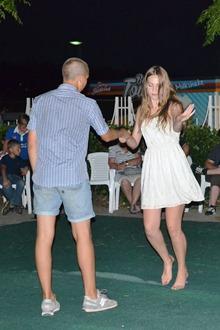Иван Бойков и Карина Роскова закружились в лирическом танце