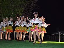 К нам  в «Матрицу» приехали несколько коллективов  ребят, которые давно и с удовольствием занимаются танцами