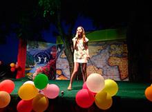 А  Полина из отряда  «Мечта» исполнила песню Эми Вайнхаус