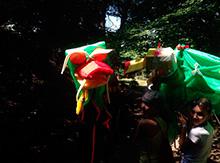 Ребята из Фэнтези приехали на экскурсию, а следом за ними прилетели и Драконы! Вот такие чудеса! Зачем прилетели драконы? – спросите вы. Известный вам Дракон Хэ Бо решил выбрать себе невесту!!!